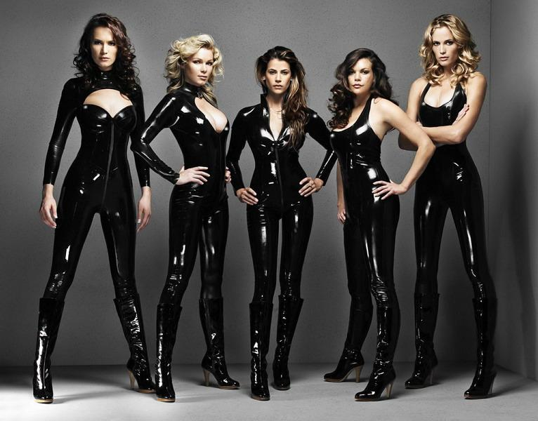 Latex_rubber_catsuit_club_wear