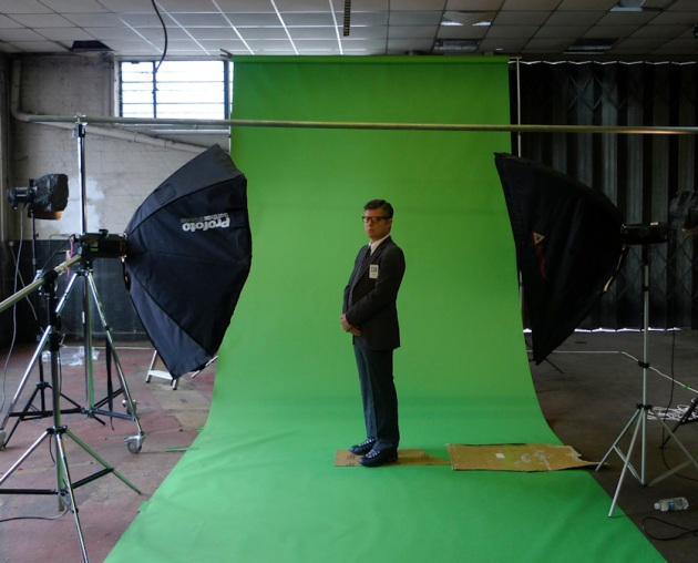 Dr. Douglas Arnd of the Golden Institute standing on a green screen in Saschp Pohflepp's photo studio
