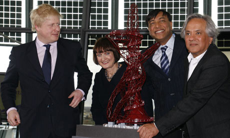 Boris Johnson, Tessa Jowell, Lakshmi Mittal, Anish Kapoor with model of ArcelorMittal Orbit